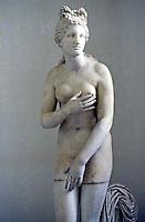 Greek Art:  Venus. National Museum, Naples.  Photo '83.