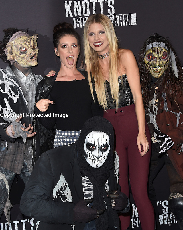 Shenae Grimes-Beech + AnnaLynn McCord @ the 2016 Knott's Scary Farm black carpet held @ the Knott's Berry Farm park. September 30, 2016