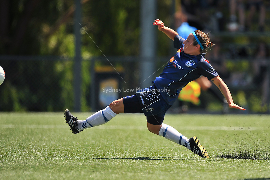 MELBOURNE, AUSTRALIA - OCTOBER 31: Katie THORLAKSON from Melbourne Victory kicks the ball in round 5 of the Westfield W-league match between Melbourne Victory and Newcastle Jets at the Veneto Club on October 31, 2009 in Melbourne, Australia. Photo Sydney Low www.syd-low.com