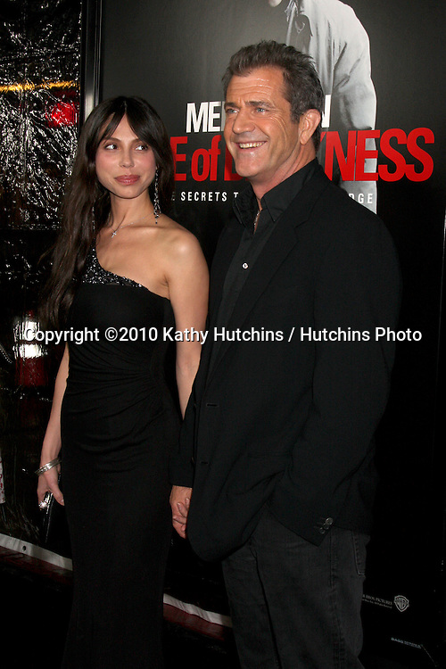 """Oksana Grigorieva; Mel Gibson .arriving at the premiere of the """"Edge of Darkness"""".Grauman's Chinese Theater.Los Angeles, CA.January 26, 2010.©2010 Kathy Hutchins / Hutchins Photo...."""