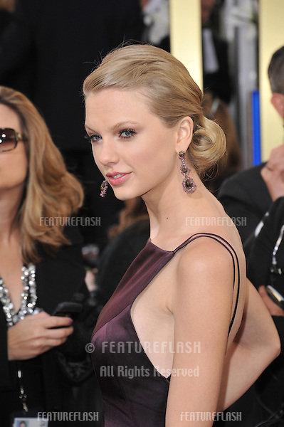Taylor Swift at the 70th Golden Globe Awards at the Beverly Hilton Hotel..January 13, 2013  Beverly Hills, CA.Picture: Paul Smith / Featureflash