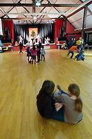 La salle des fetes avec plancher de Cavan accueil de nombreux festou-noz