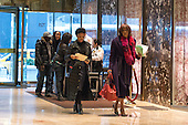 Gayle King of CBS is seeing in the lobby of Trump Tower in New York, NY, USA on January 19, 2017.  <br /> Credit: Maite H. Mateo / Pool via CNP