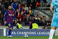 5th November 2019; Camp Nou, Barcelona, Catalonia, Spain; UEFA Champions League Football, Barcelona versus Slavia Prague;  Leo Messi looks up before crossing into the box - Editorial Use