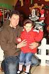 Santa's Grotto Town Centre 03-12-11