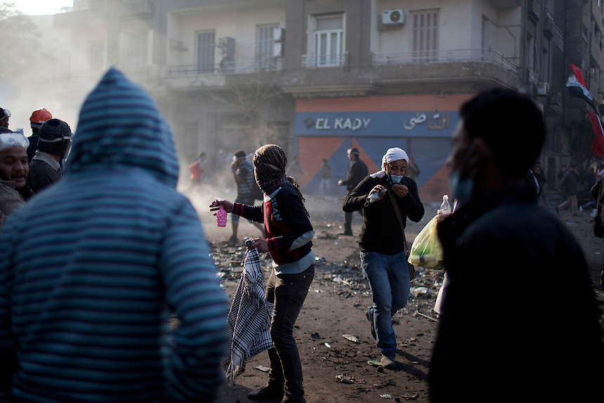 Egyptian protesters clash with police and security forces near Cairo's Tahrir Square, Egypt, November 22, 2011.  Photo: Ed Giles.