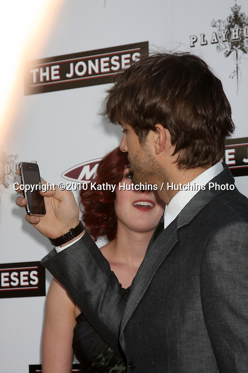 ".Ashton Kutcher.arrives at ""The Joneses"" Premiere.ArcLight Theaters.Los Angeles, CA.April 7, 2010.©2010 Kathy Hutchins / Hutchins Photo..."