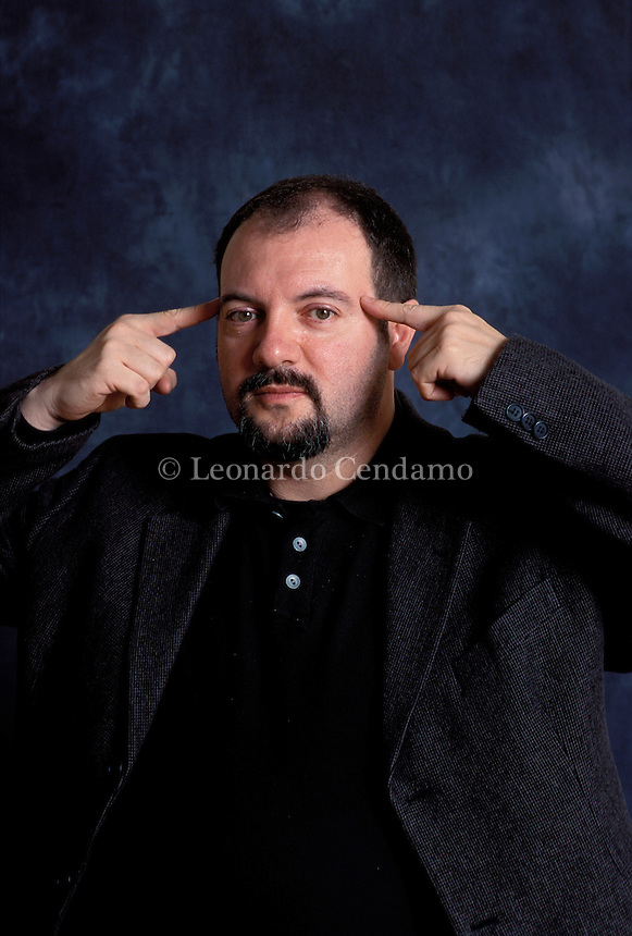 2001: CARLO LUCARELLI, WRITER  © Leonardo Cendamo