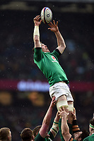 Peter O'Mahony of Ireland wins the ball at a lineout. Natwest 6 Nations match between England and Ireland on March 17, 2018 at Twickenham Stadium in London, England. Photo by: Patrick Khachfe / Onside Images