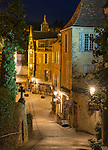 Scene in Sarlat-la-Canéda at night, by the light of Sarlat's gas lamps.