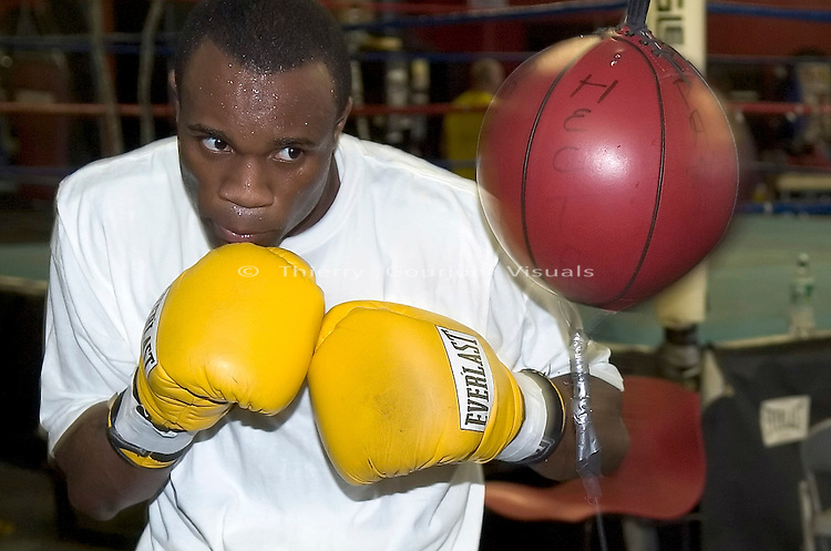 WBA Light Welterweight champion Vivian Harris training at Gleason's Gym in Brooklyn, New York on 05.12.2005 in preparation for his June 6 Title defense against Arturo Morua in Atlantic City.