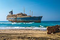 """Spanien, Kanarische Inseln, Fuerteventura, Westkueste: Schiffswrack der """"American Star""""   Spain, Canary Island, Fuerteventura, westcoast: shipwreck """"American Star"""""""