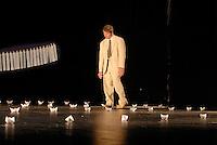 """casa dei risvegli, Bologna, Italia. Trattamento dei casi vegetativi e post-vegetativi Compagnia teatrale """"Gli amici di Luca"""","""