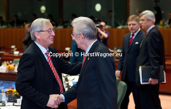 Brussels-Belgium - October 19, 2012 -- European Council, EU-summit meeting of Heads of State / Government; here, Jean-Claude JUNCKER (le), Prime Minister (and Ministre d'Etat, Minister for Finance) of Luxembourg, with Mario MONTI (ri), Prime Minister of Italy -- Photo: © HorstWagner.eu