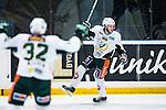 Stockholm 2014-01-18 Ishockey SHL AIK - F&auml;rjestads BK :  <br /> F&auml;rjestads Pontus &Aring;berg signalerar f&ouml;r m&aring;l efter sitt 1-0 m&aring;l<br /> (Foto: Kenta J&ouml;nsson) Nyckelord:  jubel gl&auml;dje lycka glad happy