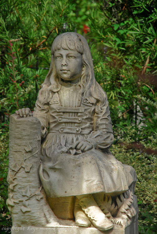 Savannah's Bonaventure Cemetery monument of Gracie Watson by sculptor John Walz