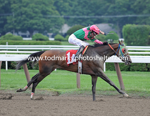 Classofsixtythree wins sixth race at Saratoga on Aug. 23