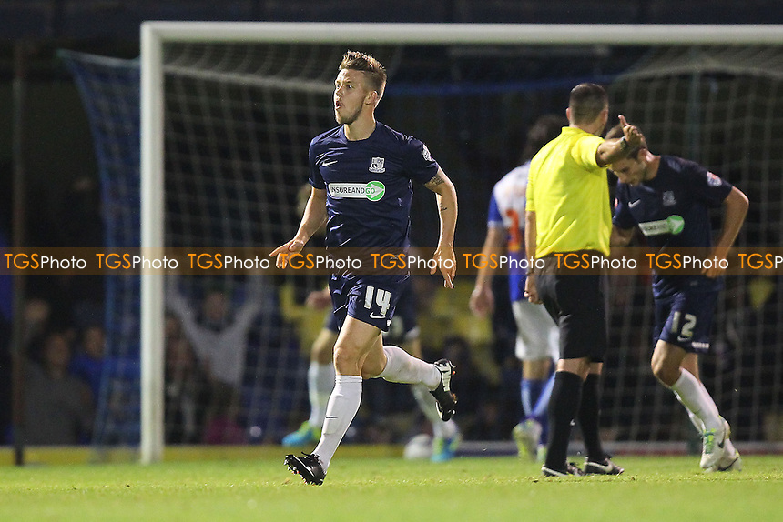 Kevan Hurst of Southend United (14) scores the equalising goal for his team and celebrates - Southend United vs Bristol Rovers - Sky Bet League Two Football at Roots Hall, Southend-on-Sea, Essex - 27/09/13 - MANDATORY CREDIT: Gavin Ellis/TGSPHOTO - Self billing applies where appropriate - 0845 094 6026 - contact@tgsphoto.co.uk - NO UNPAID USE