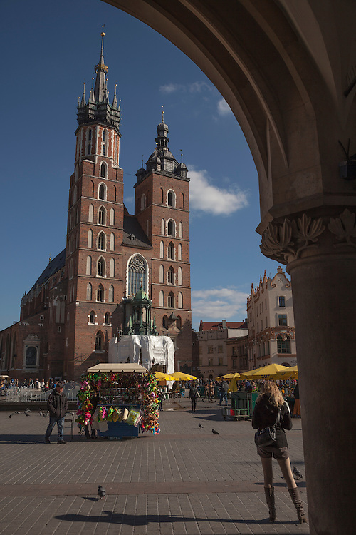 Church of the Virgin Mary is the religious heart of Krakow, building began in the 14th century
