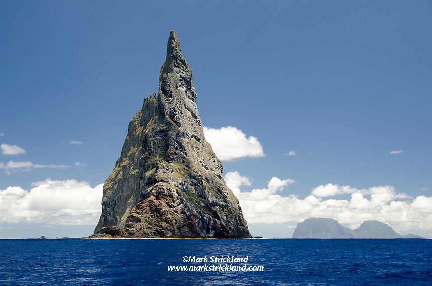 Ball's Pyramid, the world's tallest sea stack, with Lord Howe Island visible in the distance. Pacific Ocean, Australia, Tasman Sea, Pacidic Ocean