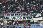 10.02.2018, HDI Arena, Hannover, GER, 1.FBL, Hannover 96 vs SC Freiburg<br /> <br /> im Bild<br /> &quot;KIND MUSS WEG!&quot; Banner / Spruchband auf Trib&uuml;ne, <br /> <br /> Foto &copy; nordphoto / Ewert