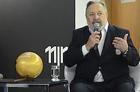 ATENCAO EDITOR: FOTO EMBARGADA PARA VEICULOS INTERNACIONAIS. SAO PAULO, SP, 12 DE NOVEMBRO DE 2012 - SOCCEREX HOMENAGEIA PRESIDENTE E TECNICO SANTOS -  O presidente do Sabtos Luis Alvaro, durante evento onde recebue homenagem da Soccerex, na ACEESP, Avenida Paulista, na manha desta segunda feira, 12.  FOTO: ALEXANDRE MOREIRA - BRAZIL PHOTO PRESS