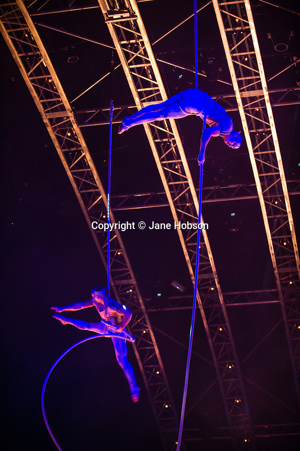 London, UK. 04.01.2014. Cirque du Soleil present QUIDAM at the Royal Albert Hall. Artists on the Spanish Web are: Mei-Mei Bouchard, Guilherme Fortes, Viktor Katona, Grace Moura and Carol Valim. © Jane Hobson.