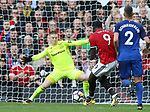 Romelu Lukaku of Manchester United misses the target with only Jordan Pickford of Everton to beat during the premier league match at the Old Trafford Stadium, Manchester. Picture date 17th September 2017. Picture credit should read: Simon Bellis/Sportimage
