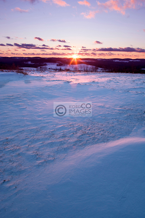 RURAL WINTER SNOW COVERED LANDSCAPE  PENNSYLVANIA USA