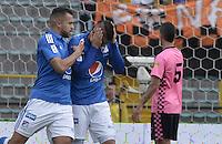 BOGOTA - COLOMBIA -09 -04-2016: Michael Rangel (Izq) de Millonarios celebra después de anotar su segundo gol a Boyacá Chicó FC durante partido por la fecha 12 de la Liga Águila I 2016 jugado en el estadio Nemesio Camacho El Campín de la ciudad de Bogotá. / Michael Rangel (L) of Millonarios celebrates after scoring his second goal to Boyaca Chico FC during match for the date 12 of the Aguila League I 2016 played at Nemesio Camacho El Campin stadium in Bogotá city. Photo: VizzorImage / Gabriel Aponte / Staff.
