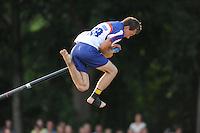 FIERLJEPPEN: FRYSLAN: Bobby Zwaagman, ©foto Martin de Jong