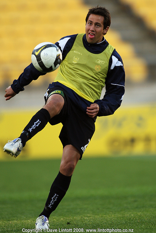 Phoenix' Jeremy Christie warms up during the A-League football match between the Wellington Phoenix and Perth Glory at Westpac Stadium, Wellington, New Zealand on Saturday, 13 December 2008. Photo: Dave Lintott / lintottphoto.co.nz