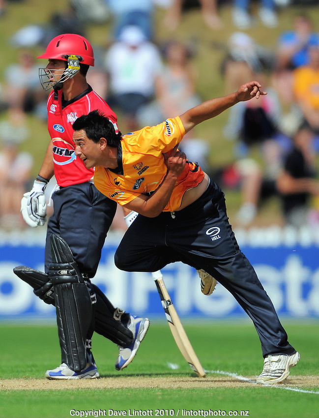 Wellington's Ronald Karaitiana bowls past Ryan Ten Doeschate. HRV Cup Twenty20 cricket - Wellington Firebirds v Canterbury Wizards at Allied Nationwide Finance Basin Reserve, Wellington. Sunday, 5 December 2010. Photo: Dave Lintott / lintottphoto.co.nz