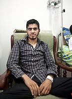Tunisia Tunisie  Ospedale di Tatahouine  insorto libico anti Gheddafi<br /> insurge libyen anti Kadhafi