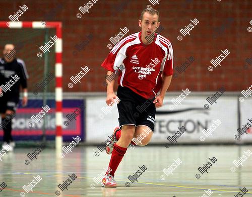 2010-09-24 / Futsal / seizoen 2010-2011 / ZVK Lier / Kevin Verschueren..Foto: Mpics
