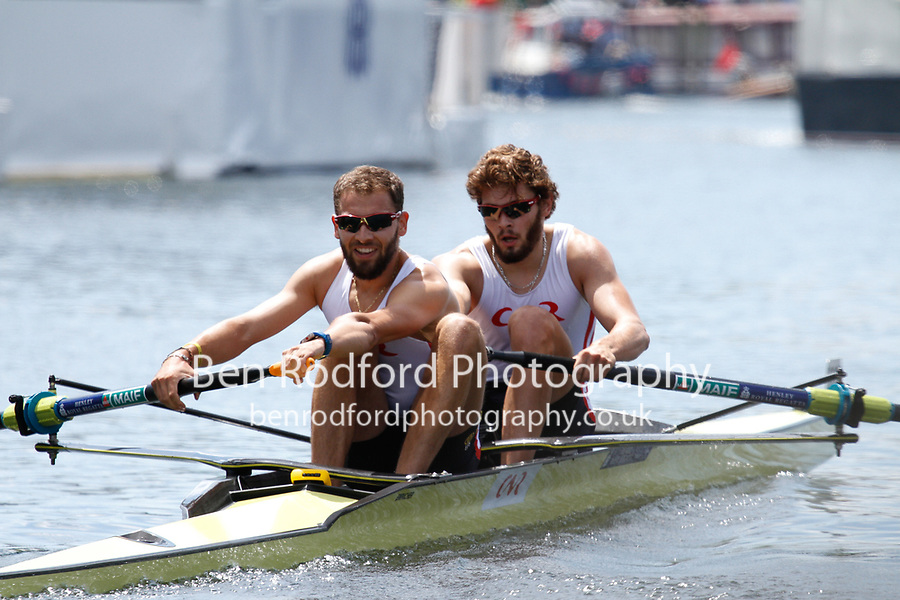 Race: 6 - Event: GOBLETS - Berks: 499 J.J. DUNKLEY-SMITH & J.W BOOTH, AUS - Bucks: 503 V.O. ONFROY & T.O. ONFROY, FRA<br /> <br /> Henley Royal Regatta 2017<br /> <br /> To purchase this photo, or to see pricing information for Prints and Downloads, click the blue 'Add to Cart' button at the top-right of the page.