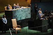 United States President Barack Obama, right, addresses the 65th session of the UN General Assembly (UNGA) at United Nations headquarters in New York, New York, USA, Thursday, 23 September 2010.  The agenda of the 65th session of UNGA is for world leaders to reassert the United Nations role in alleviating poverty and increase efforts to improve global security and economic development..Credit: Michael Reynolds - Pool via CNP