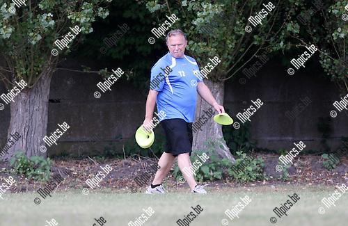 2009-08-09 / Seizoen 2009-2010 / Voetbal / Berchem Sport / Hulptrainer Gilbert Van den Bempt..Foto: Maarten Straetemans (SMB)