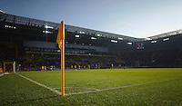 Fussball 2. Bundesliga Saison 2011/2012 13. Spieltag Dynamo Dresden - Karlsruher SC Blick via Eckfahne in das Dresdener Gluecksgas Stadion. Dresden droht nach den Ausschreitungen beim Pokalspiel in Dortmund eine Strafe seitens des DFB.