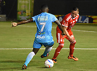 MONTERIA - COLOMBIA, 15-03-2018: Pablo Rojas (Izq) jugador de Jaguares FC disputa el balón con Anderson Zapata (Der) jugador de América de Cali durante partido por la fecha 8 de la Liga Aguila I 2018 jugado en el estadio Municipal de Monteria. / Pablo Rojas (L) player of Jaguares FC vies for the ball with Anderson Zapata (R) player of America de Cali during a match for the date 8 of the Liga Aguila I 2018 at the Municipal de Monteria Stadium in Monteria city. Photo: VizzorImage / Andres Felipe Lopez / Cont