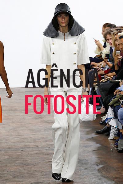 Londres, Inglaterra &sbquo;09/2014 - Desfile de JW Anderson durante a Semana de moda de Londres  -  Verao 2015. <br /> <br /> Foto: FOTOSITE