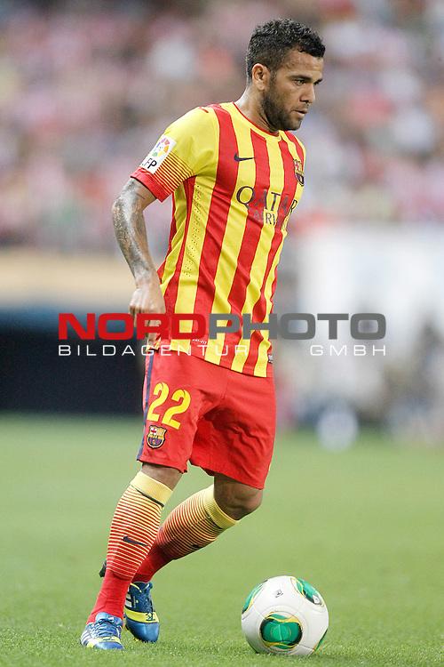 FC Barcelona's Daniel Alves during Supercup of Spain 1st match.August 21,2013. Foto © nph / Acero)