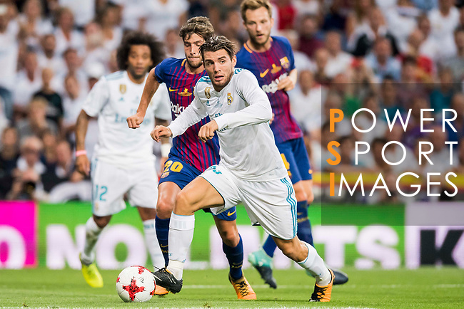 Mateo Kovacic of Real Madrid in action during their Supercopa de Espana Final 2nd Leg match between Real Madrid and FC Barcelona at the Estadio Santiago Bernabeu on 16 August 2017 in Madrid, Spain. Photo by Diego Gonzalez Souto / Power Sport Images