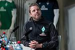 10.02.2019, Weserstadion, Bremen, GER, 1.FBL, Werder Bremen vs FC Augsburg<br /> <br /> DFL REGULATIONS PROHIBIT ANY USE OF PHOTOGRAPHS AS IMAGE SEQUENCES AND/OR QUASI-VIDEO.<br /> <br /> im Bild / picture shows<br /> Florian Kohfeldt (Trainer SV Werder Bremen) nach PK / Pressekonferenz - im Moment als die Paarung f&uuml;r das DFB-Pokal Viertelfinalspiel durchgegeben wird - Werder Bremen muss ausw&auml;rts bei FC Schalke 04 antreten, <br /> <br /> Foto &copy; nordphoto / Ewert