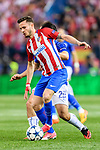 Saul Niguez Esclapez (l) of Atletico de Madrid competes for the ball with Shinji Okazaki of Leicester City during their 2016-17 UEFA Champions League Quarter-Finals 1st leg match between Atletico de Madrid and Leicester City at the Estadio Vicente Calderon on 12 April 2017 in Madrid, Spain. Photo by Diego Gonzalez Souto / Power Sport Images