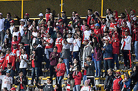 BOGOTÁ -COLOMBIA, 03-09-2016. Hinchas de Santa Fe animan a su equipo durante partido entre Independiente Santa Fe y La Equidad por la fecha 7 de la Liga Aguila II 2016 jugado en el estadio Metropolitano de Techo de la ciudad de Bogota.  / Fans of Santa Fe cheer for their team during match between Independiente Santa Fe and La Equidad for the date 7 of the Liga Aguila II 2016 played at the Metropolitano de Techo Stadium in Bogota city. Photo: VizzorImage/ Gabriel Aponte / Staff