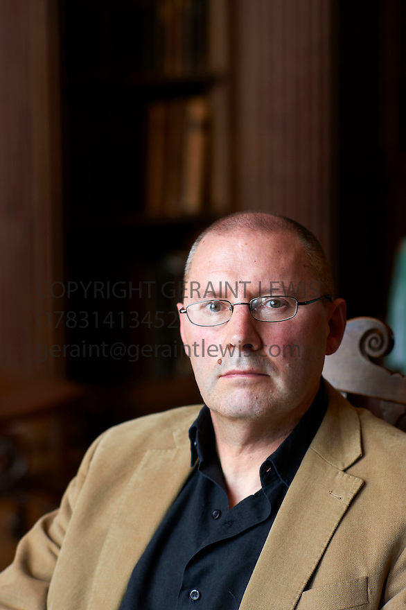 Richard Bradford ,writer and biographer  at The Oxford Literary Festival 2011 in Christchurch,  Oxford UK. CREDIT Geraint Lewis