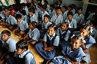 INDIA Tamil Nadu, Tirupur, children in school of NGO SAVE, project to give children education to prevent child labour in the textile industry / INDIEN Tamil Nadu, Tirupur NGO SAVE Schule fuer Kinder