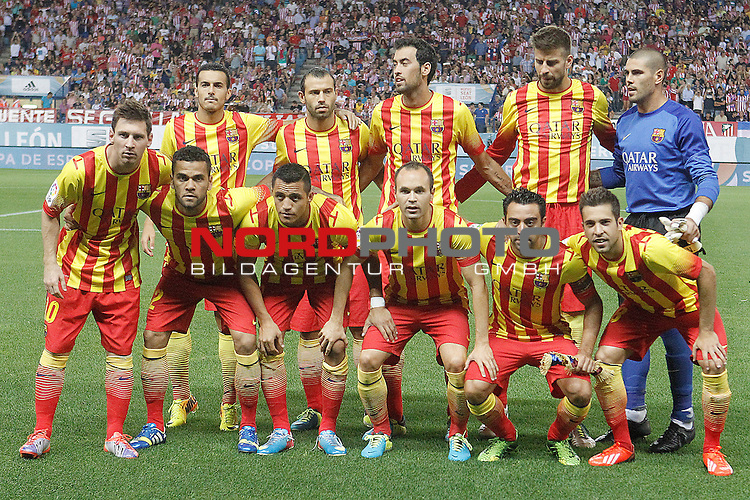 FC Barcelona's team photo with Pedro Rodriguez, Javier Mascherano, Sergio Busquets, Gerard Pique, Victor Valdes, Leo Messi, Daniel Alves, Alexis Sanchez, Andres Iniesta, Xavi Hernandez and Jordi Alba during Supercup of Spain 1st match.August 21,2013. Foto © nph / Acero)