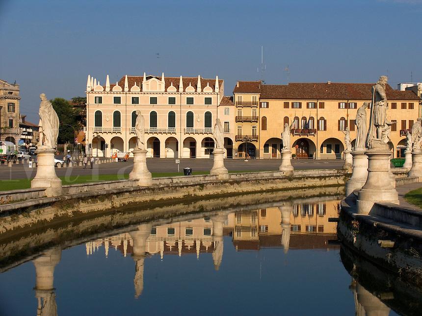 Prato della Valle, canal and houses next to the Loggia Amulea, Padova Ital